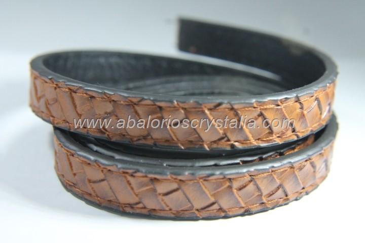 Tira plana cuero sintético marrón efecto trenzado 12x2mm (1 metro)