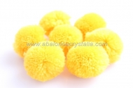10 POMPONES-MADROÑOS COLOR AMARILLO 3cm