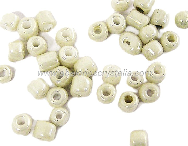 20 GR ROCALLA 6/0 (3.6 - 4mm) BLANCO HUESO MARFIL