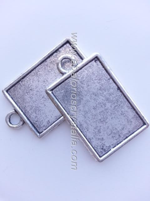 MARCO RECTANGULAR SIMPLE PLATA ANTIGUA 28x17mm