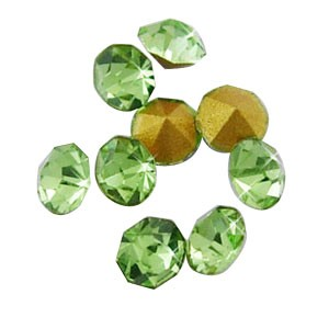 150 CHATONES DE CRISTAL COLOR VERDE (2 mm)